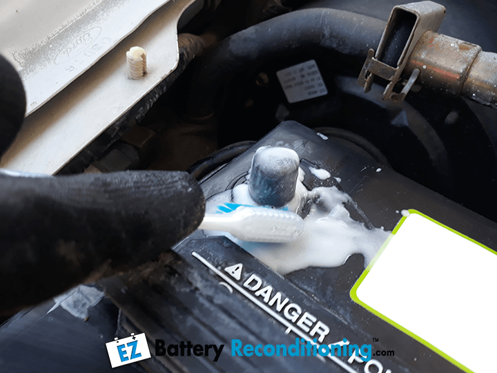 Cleaning Battery Terminals